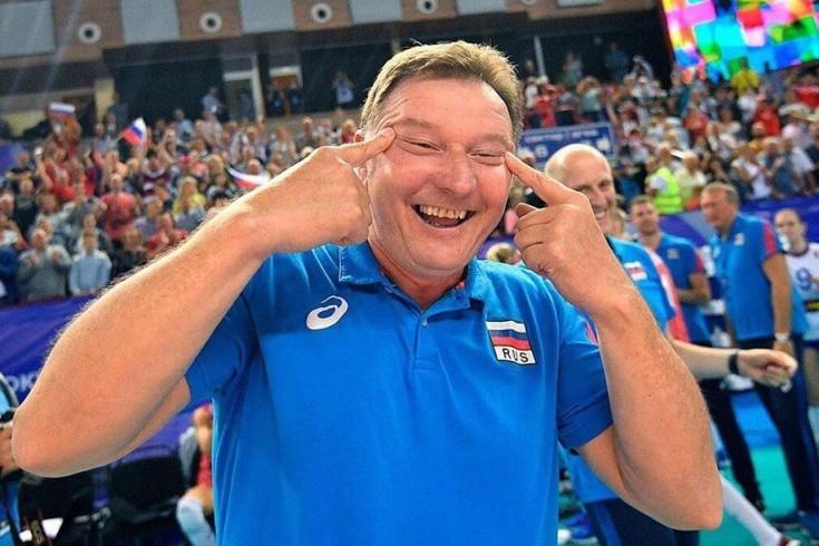 На тренера сборной России, который показал узкие глаза корейцам, завели дело
