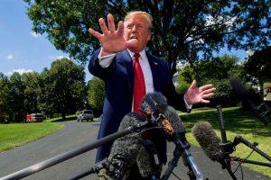 Трамп признался в любви к россиянам и назвал Клинтон сумасшедшей
