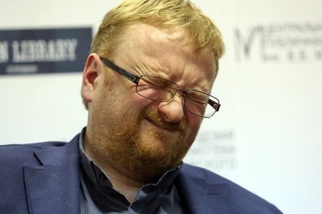 Милонов призвал запретить в России детское шампанское