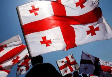 В Кутаиси оппозиция проводит шествие за внеочередные выборы в парламент Грузии