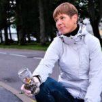 Президент Эстонии собрала окурки на улицах Пярну