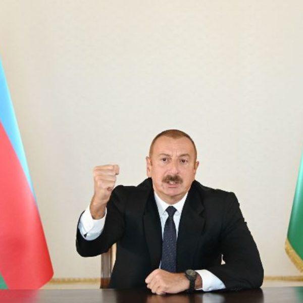 Алиев объявил частичную мобилизацию в Азербайджане
