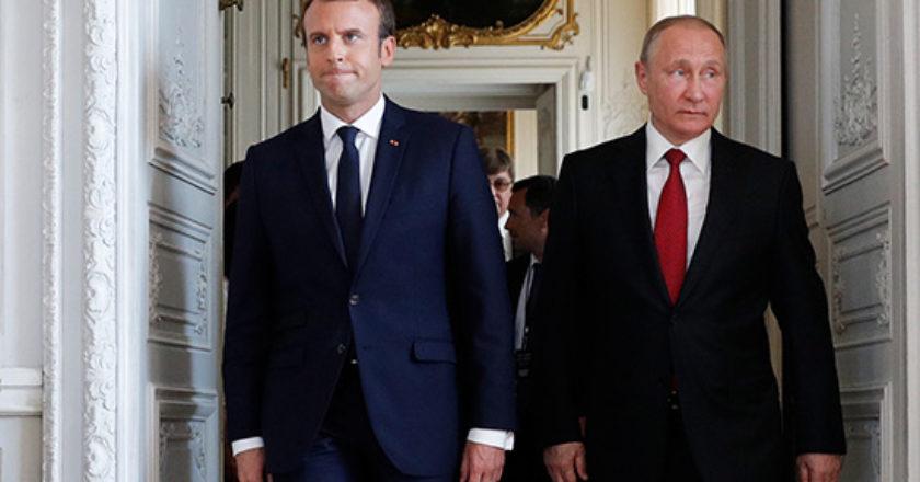 Макрон сказал Путину, что Навального отравили ядом из группы «Новичок», — и потребовал разъяснений