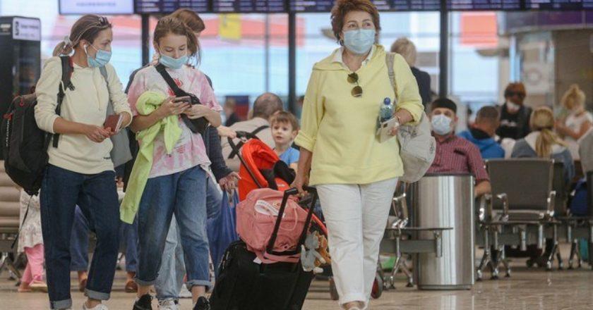 Минздрав России: 90% заразившихся коронавирусом вернулись с отдыха