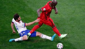 Россия проиграла Бельгии в первом матче ЧЕ по футболу со счетом 0:3