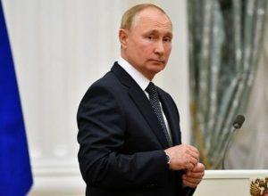 Путин никого не пугает, когда говорит о будущем – Песков