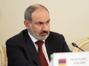 Пашинян выступил за продвижение экологически чистого транспорта в ЕАЭС