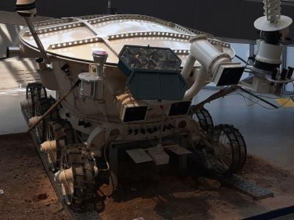 Австралия построит луноход, чтобы помочь НАСА найти кислород на Луне